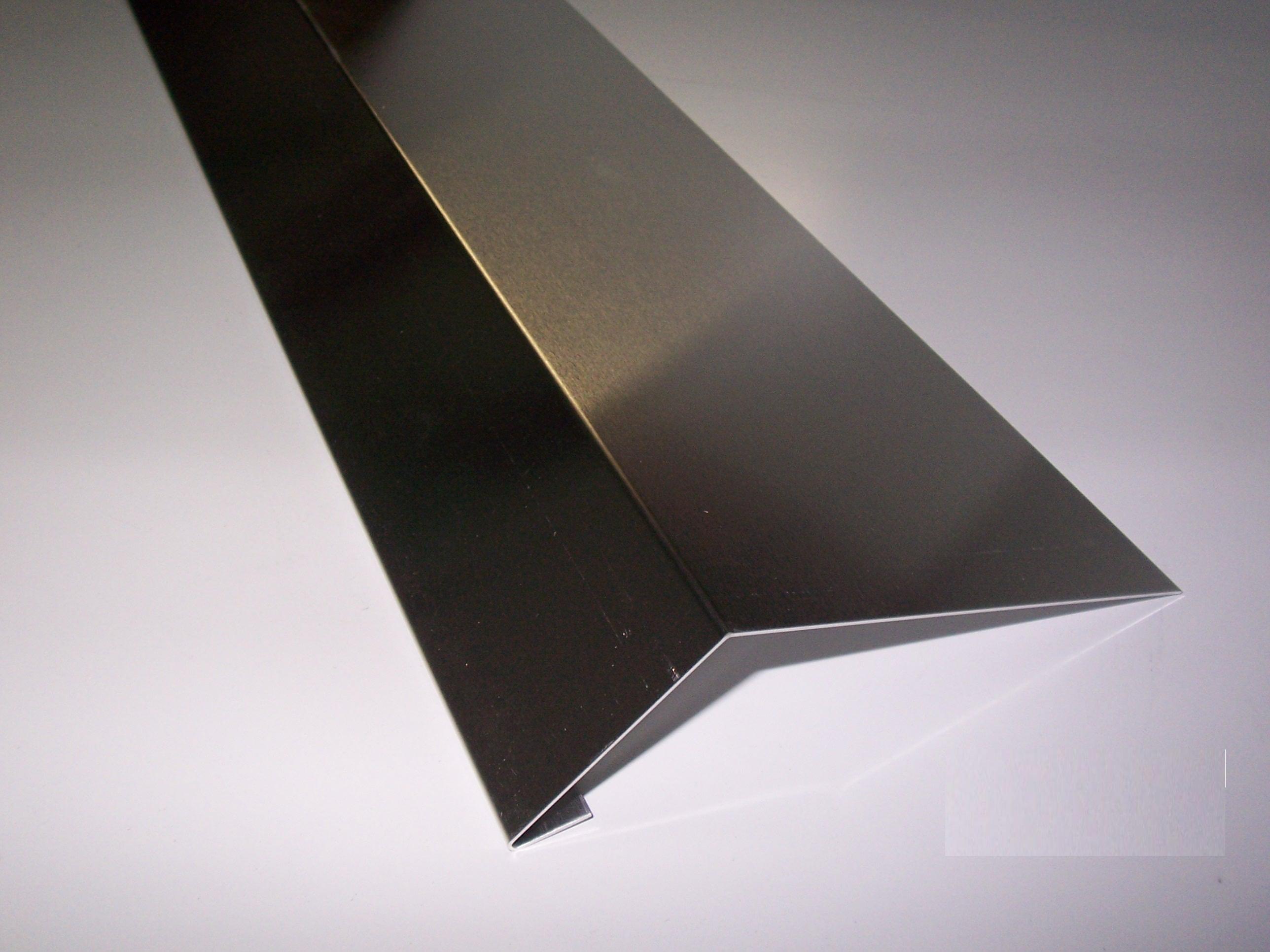 kehlblech 1m lang aluminium farbig versch ma e dachblech kehle winkelblech ebay. Black Bedroom Furniture Sets. Home Design Ideas